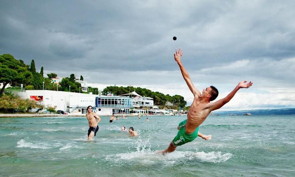 Picigin, a ball game played at the beach in Split