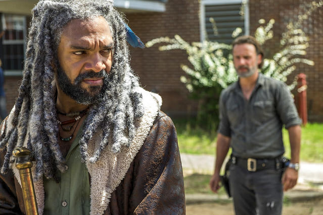 Khary Payton as Ezekiel and Andrew Lincoln as Rick Grimes in AMC's <i>The Walking Dead</i>. (Photo: Gene Page/AMC)