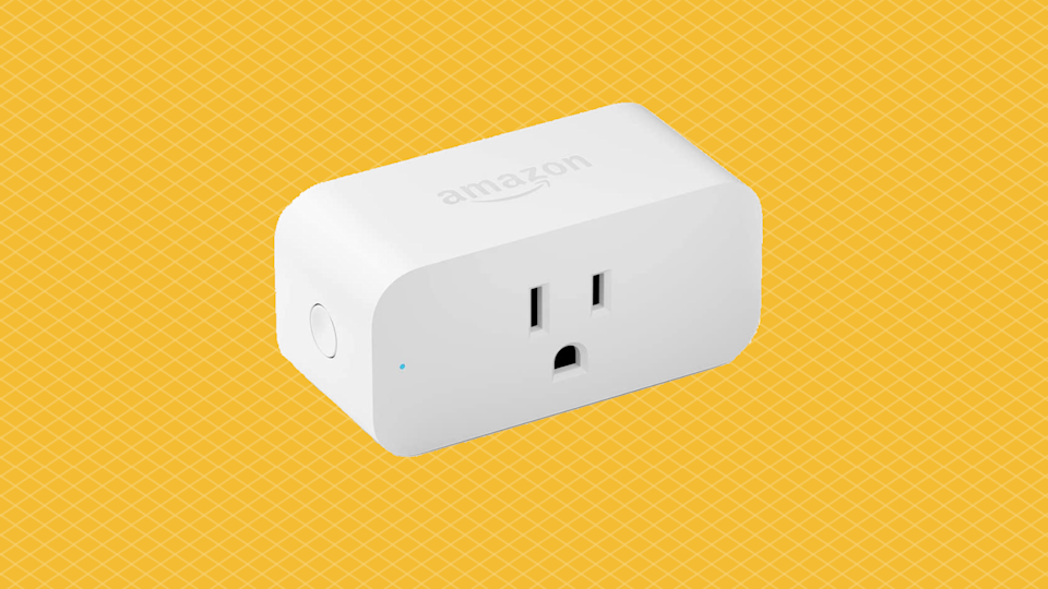 """Don't you sass me, electrical outlet!"" Just kidding — this is the <em>good</em> kind of ""smart."" (Photo: Amazon)"