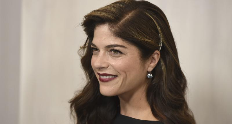 Support pours in for Selma Blair after she shares MS diagnosis