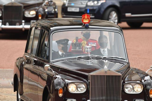 The Imperial State Crown leaves Buckingham Palace by car