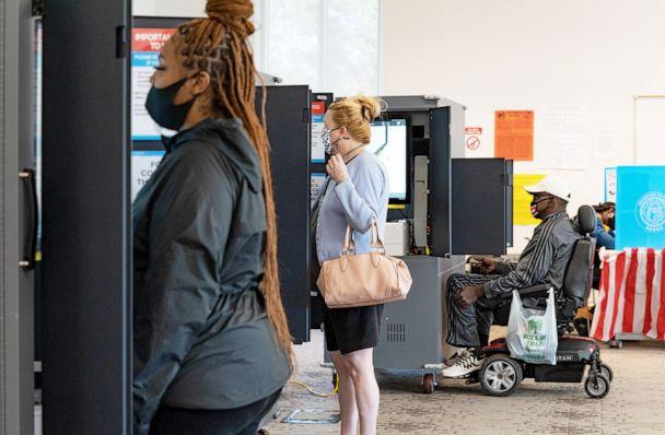 PHOTO: Voters cast their ballots at The Metropolitan Library in Atlanta,  Nov. 3, 2020. (Megan Varner/Getty Images)
