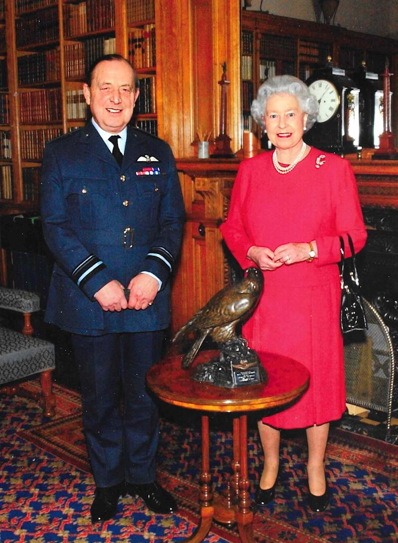 Newton with the Queen