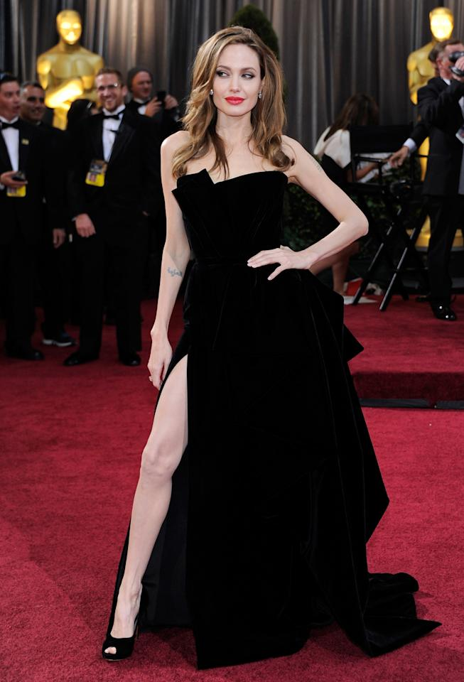 "Angelina Jolie flashed some leg on the Oscars red carpet and the image soon took on a <a href=""http://yhoo.it/Wuj2P8%20"">meme life</a> of its own. (Ethan Miller/Getty Images)"