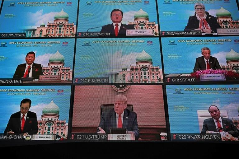 Analysts sayd US President Donald Trump's appearance at the APEC summit was part of an effort to continue looking presidential, following his election defeat at the hands of Joe Biden