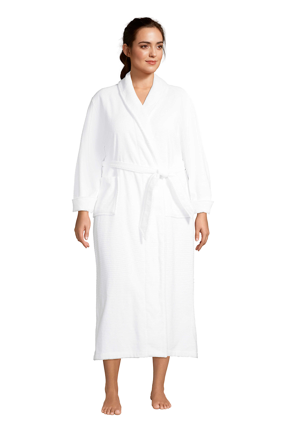 """<h2>Land's End Plus Size Supima Cotton Long Robe</h2><br>This crisp and classic extra long robe is made from super-soft Supima cotton and boasts nice big pockets for stashing your TV remote and extra snacks. <br><br><strong>Lands' End</strong> Plus Size Supima Cotton Long Robe, $, available at <a href=""""https://go.skimresources.com/?id=30283X879131&url=https%3A%2F%2Fwww.landsend.com%2Fproducts%2Fwomens-plus-size-supima-cotton-long-robe%2Fid_346728"""" rel=""""nofollow noopener"""" target=""""_blank"""" data-ylk=""""slk:Land's End"""" class=""""link rapid-noclick-resp"""">Land's End</a>"""
