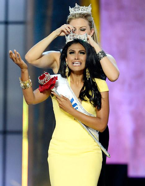 """Miss America 2014 Nina Davuluri on Racist Comments: """"I Have to Rise Above That"""""""