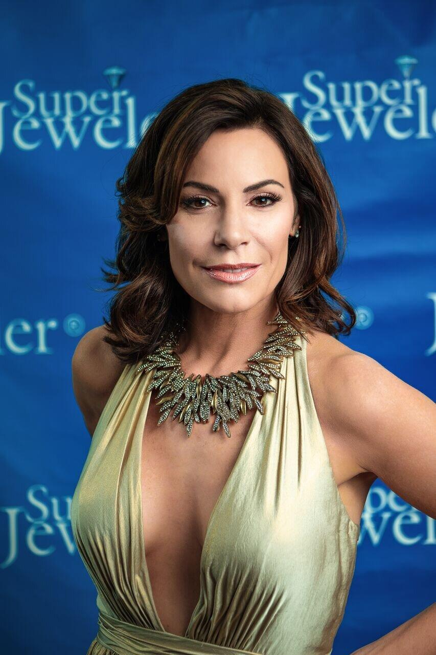 RHONY' s Luann de Lesseps Says 'Sobriety Is Not Easy': 'It ...