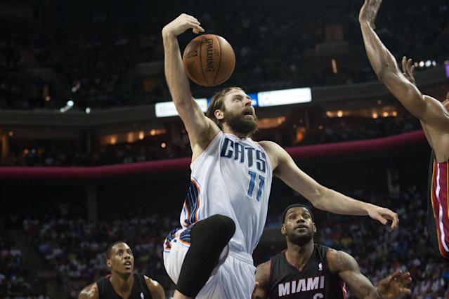 Source: Heat agree to four-year, $23 million deal with Josh McRoberts