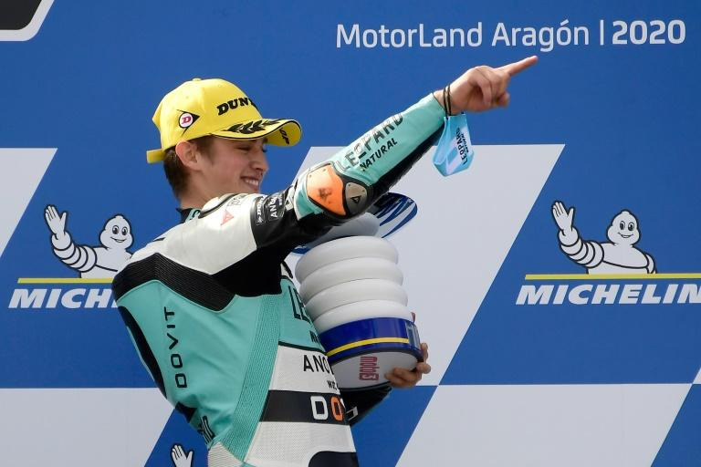 Masia holds on to grab Aragon Moto3 victory