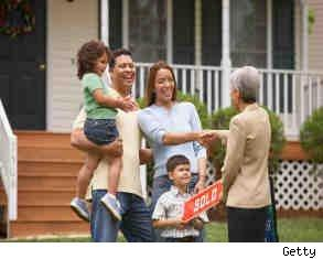 family negotiating real estate commission