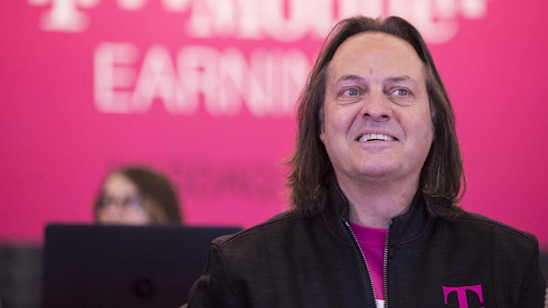 Mobile Chief Executive Legere to step down next year