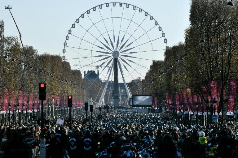 Hundreds of thousands of people thronged the centre of Paris on Saturday for Johnny Hallyday's funeral
