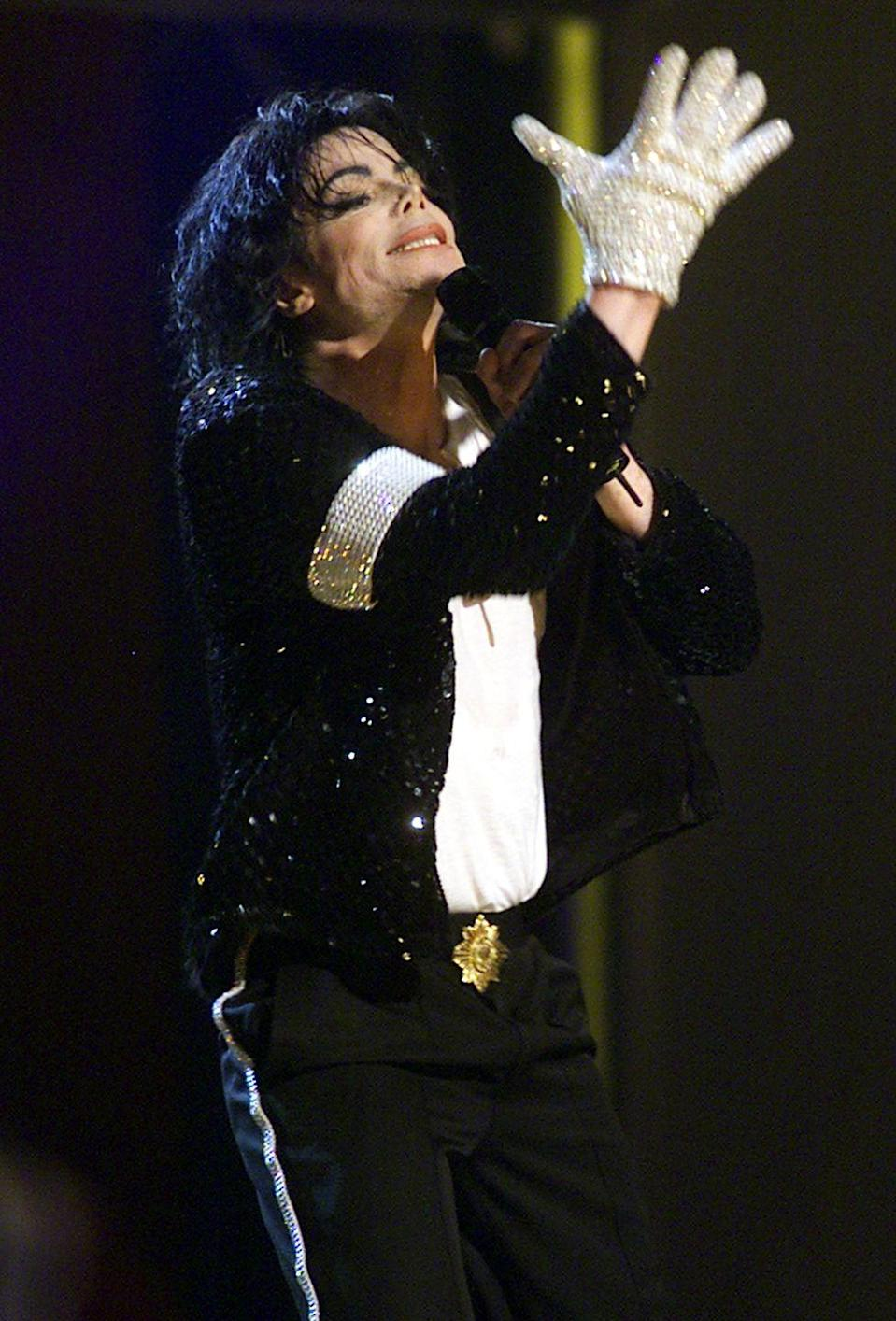 "<p>The King of Pop <a href=""https://www.independent.co.uk/arts-entertainment/music/features/michael-jacksons-one-white-glove-rhodri-marsdens-interesting-objects-no105-a6934371.html"" rel=""nofollow noopener"" target=""_blank"" data-ylk=""slk:first debuted"" class=""link rapid-noclick-resp"">first debuted</a> a single white glove onstage in 1983, and it became a symbol that we will forever remember him by. </p>"