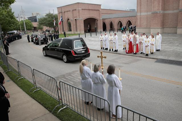 <p>The remains of former first lady Barbara Bush leave St. Martin's Episcopal Church following her funeral service on April 21, 2018 in Houston, Texas. (Photo: Scott Olson/Getty Images) </p>
