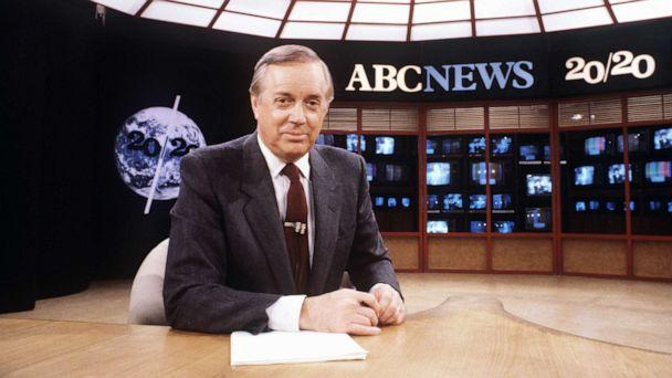 PHOTO: Hugh Downs is seen on the set of '20/20' on Nov. 20, 1981. (ABC Photo Archives)