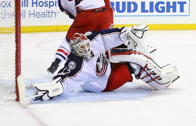 """NEW YORK, NY – FEBRUARY 26: <a class=""""link rapid-noclick-resp"""" href=""""/nhl/players/4901/"""" data-ylk=""""slk:Sergei Bobrovsky"""">Sergei Bobrovsky</a> #72 of the <a class=""""link rapid-noclick-resp"""" href=""""/nhl/teams/cob/"""" data-ylk=""""slk:Columbus Blue Jackets"""">Columbus Blue Jackets</a> defends the net against the <a class=""""link rapid-noclick-resp"""" href=""""/nhl/teams/nyr/"""" data-ylk=""""slk:New York Rangers"""">New York Rangers</a> at Madison Square Garden on February 26, 2017 in New York City. (Photo by Bruce Bennett/Getty Images)"""