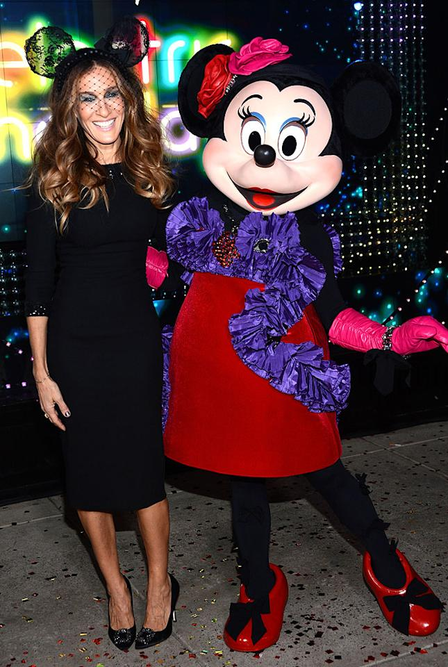 NEW YORK, NY - NOVEMBER 14:  Sarah Jessica Parker and Minnie Mouse attend the Unveiling Moment At Barneys New York & Disney Electric Holiday Spectacular With Sarah Jessica Parker, Bob Iger, and Mark Lee on November 14, 2012 in New York City.  (Photo by Dimitrios Kambouris/Getty Images for Barneys New York)