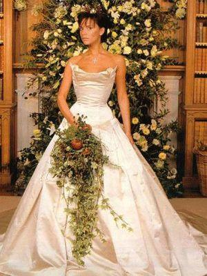 """<p>Ok, it was still the 90s when Posh Spice posed for this pic, so we can look past the hair-do. The Vera Wang dress, however, is timeless, and boasted a 20-foot train and handmade bodice.  <a rel=""""nofollow"""" href=""""http://au.lifestyle.yahoo.com/beauty/galleries/photo/-/10109726/the-balding-men-of-hollywood/10109727/"""">PICS: The balding men of Hollywood</a></p>"""