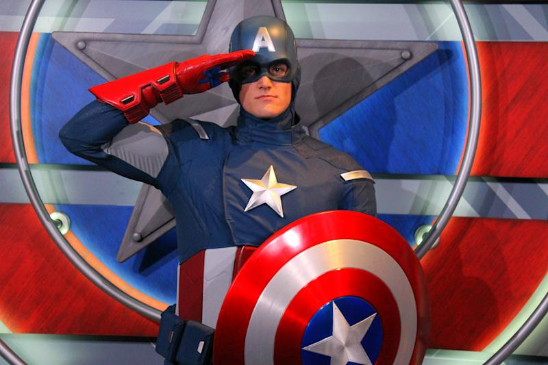 Disneyland's Captain America talking to a guest in sign-language will make you happy cry