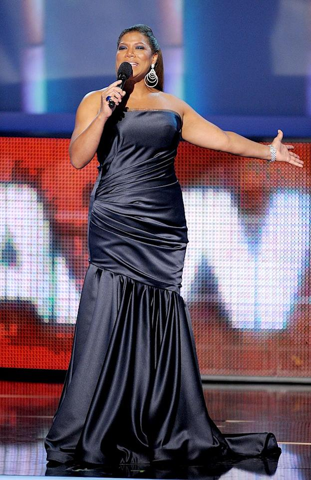 "Queen Latifah reigned supreme as the ceremony's hostess with the mostest for the fourth consecutive year. Kevin Winter/<a href=""http://www.gettyimages.com/"" target=""new"">GettyImages.com</a> - January 6, 2010"