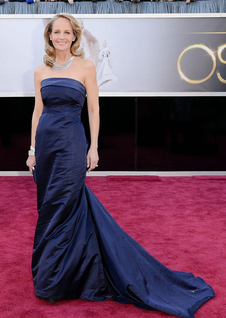 Helen Hunt arrives at the Oscars in Hollywood, California, on February 24, 2013.
