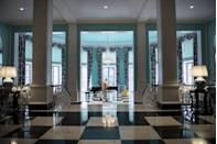 """<p>At <a href=""""http://www.greenbrier.com"""" rel=""""nofollow noopener"""" target=""""_blank"""" data-ylk=""""slk:The Greenbrier"""" class=""""link rapid-noclick-resp"""">The Greenbrier</a> in the mountains of West Virginia, a National Historic Landmark meets a world-class resort. The gorgeous 11,000-acre resort, which has hosted guests since 1778, offers golf, fine dining, outdoor activities, a luxurious spa — and has even played host to 26 of our 44 presidents.</p><p><em><em><a href=""""http://www.housebeautiful.com/design-inspiration/g2429/mansions-open-to-the-public/"""" rel=""""nofollow noopener"""" target=""""_blank"""" data-ylk=""""slk:See more historic mansions that are open to the public."""" class=""""link rapid-noclick-resp"""">See more historic mansions that are open to the public.</a></em></em><br></p>"""