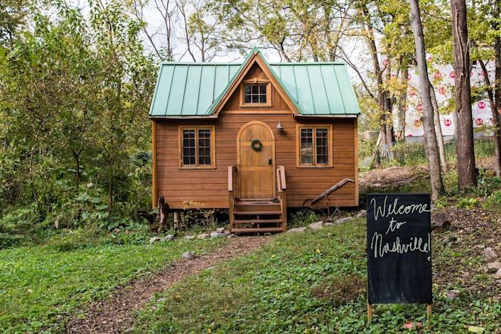 """<h2><a href=""""http://airbnb.pvxt.net/2Gy3D"""" rel=""""nofollow noopener"""" target=""""_blank"""" data-ylk=""""slk:Dreamy Tiny House Cottage"""" class=""""link rapid-noclick-resp"""">Dreamy Tiny House Cottage</a></h2><br><strong>Summary:</strong> """"Discover the charm of a tiny house in a magical setting. Every inch is put to good use in a delightful mix of old and new. Repurposed vintage cabinets and a claw-foot tub share this clever space with modern appliances and air conditioning.""""<br><br><strong>Location: </strong>Nashville, Tennessee<br><strong>Sleeps: </strong>2<br><strong>Price Per Night:</strong> $96<br><br><strong><em><a href=""""http://airbnb.pvxt.net/2Gy3D"""" rel=""""nofollow noopener"""" target=""""_blank"""" data-ylk=""""slk:Book Now"""" class=""""link rapid-noclick-resp"""">Book Now</a></em></strong>"""
