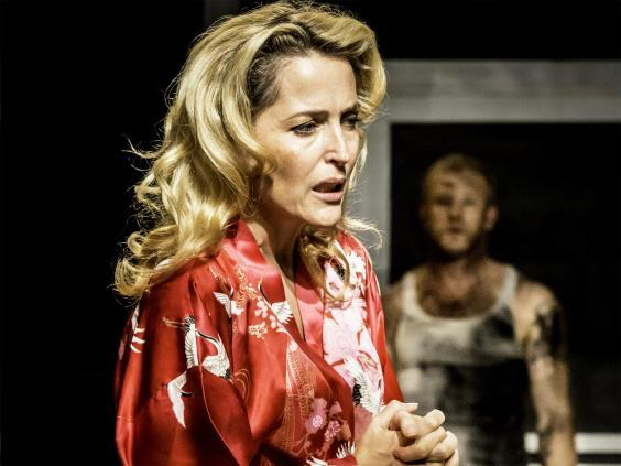 Gillian Anderson in 'A Streetcar Named Desire' at the Young Vic, 2015 (Johan Persson)