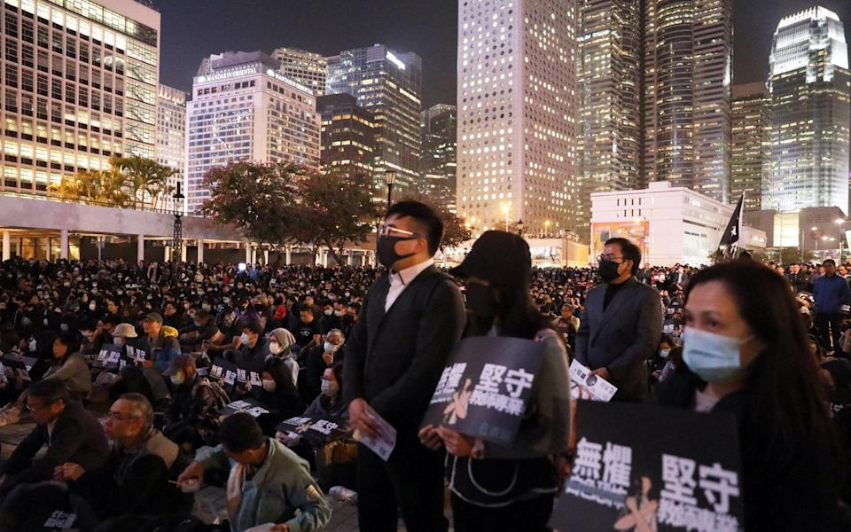 Hundreds of teachers and their supporters gather in Central to demonstrate against the government's handling of complaints involving educators accused of protest-related misconduct.Photo: K. Y. Cheng