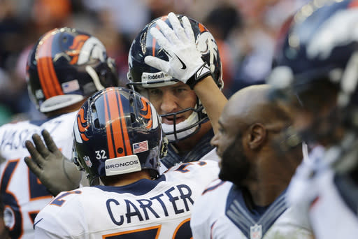 5 things to know after Manning breaks record