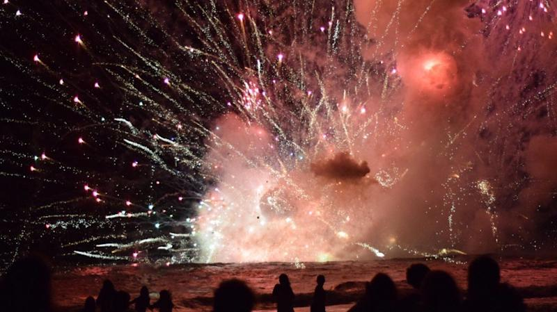 Fireworks Barge Explodes In Australia, Forcing Beach Evacuation