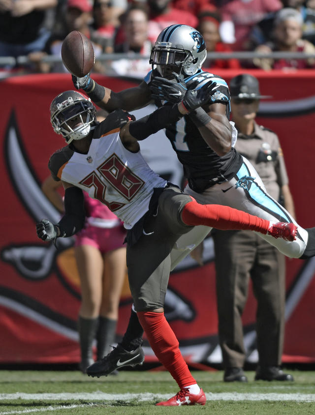 <p>Tampa Bay Buccaneers cornerback Vernon Hargreaves III (28) breaks up a pass intended for Carolina Panthers wide receiver Devin Funchess (17) during the first quarter of an NFL football game Sunday, Oct. 29, 2017, in Tampa, Fla. (AP Photo/Jason Behnken) </p>