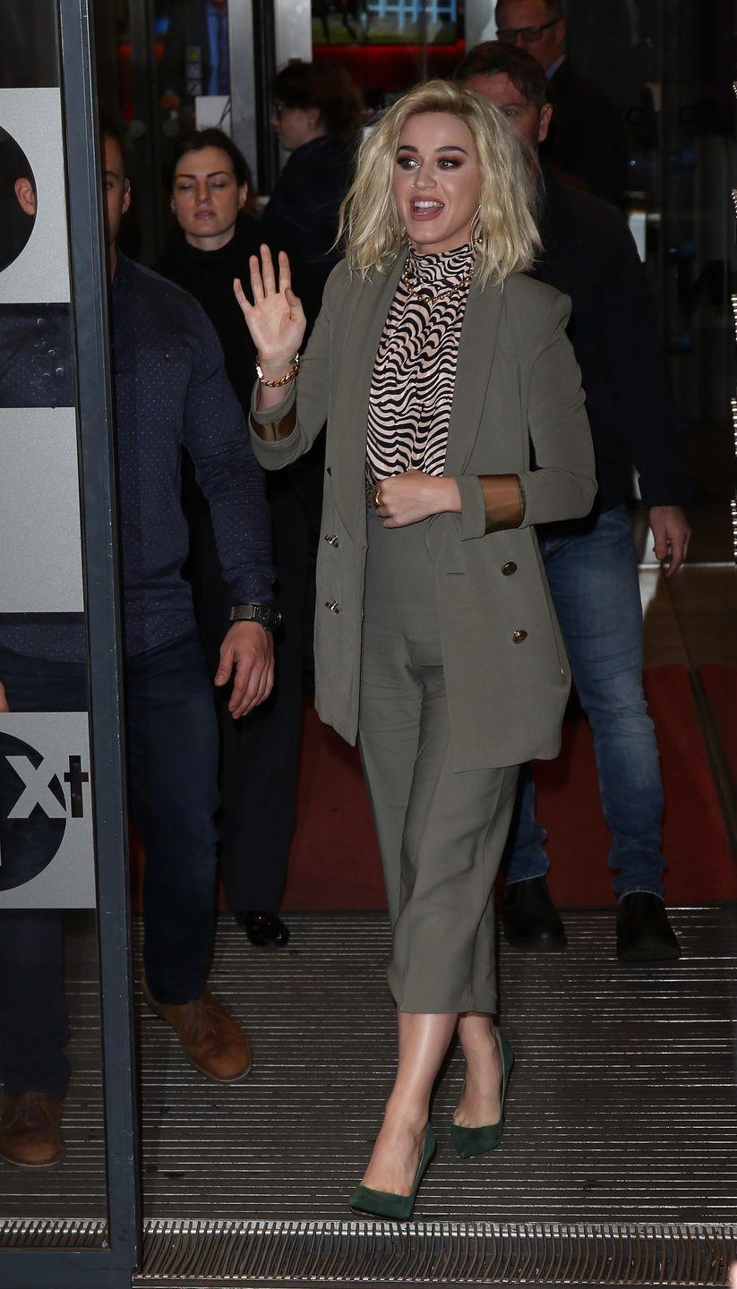 <p>Katy Perry attends Sir Lucian Grainge's 2017 Artist Showcase presented by American Airlines and Citi at Ace Hotel on February 11, 2017 in Los Angeles, California.</p>