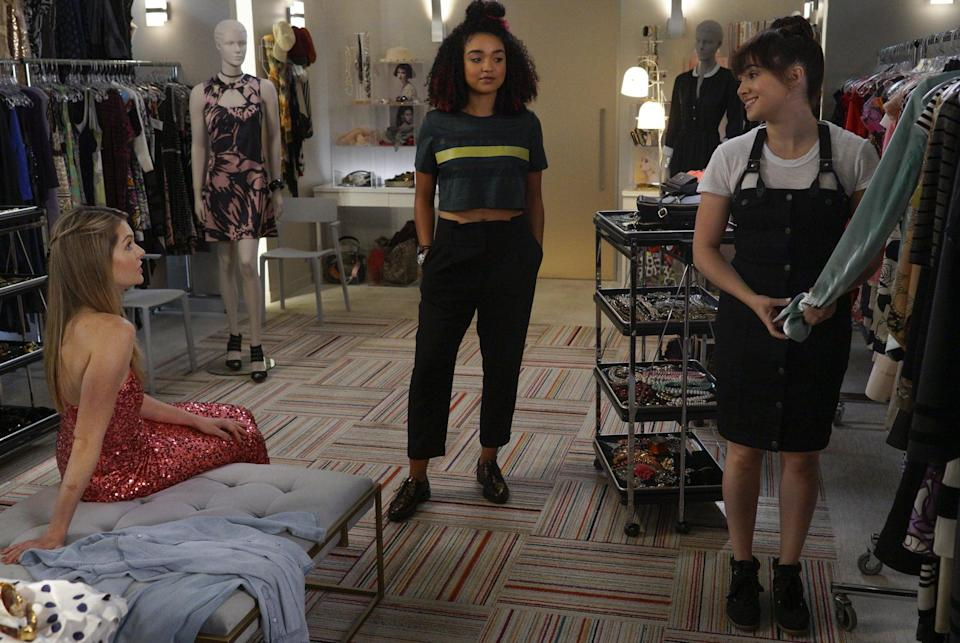 <p>Kat makes basics look anything but boring in a t-shirt and trousers. </p>
