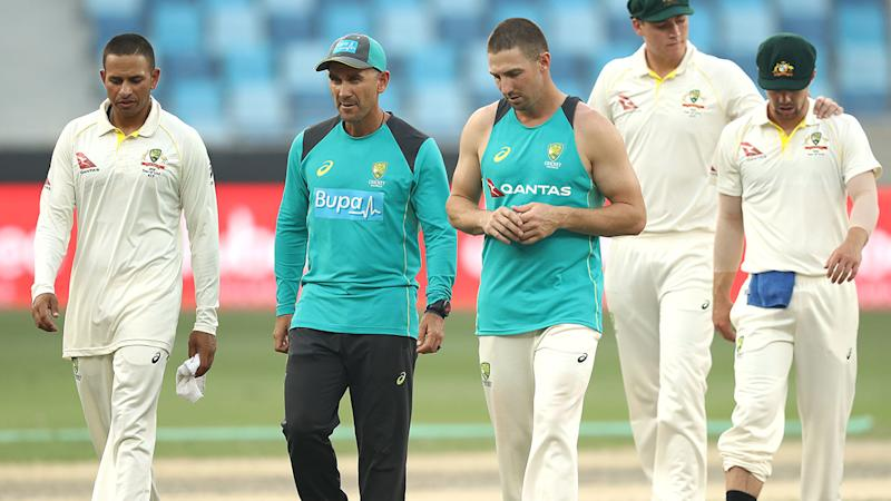 Khawaja, Head keep Australia steady in chase of 462 against Pakistan