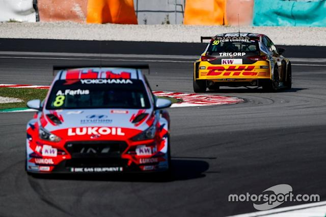 "Tom Coronel, Comtoyou DHL Team CUPRA Racing CUPRA TCR spins <span class=""copyright"">WTCR WTCR </span>"