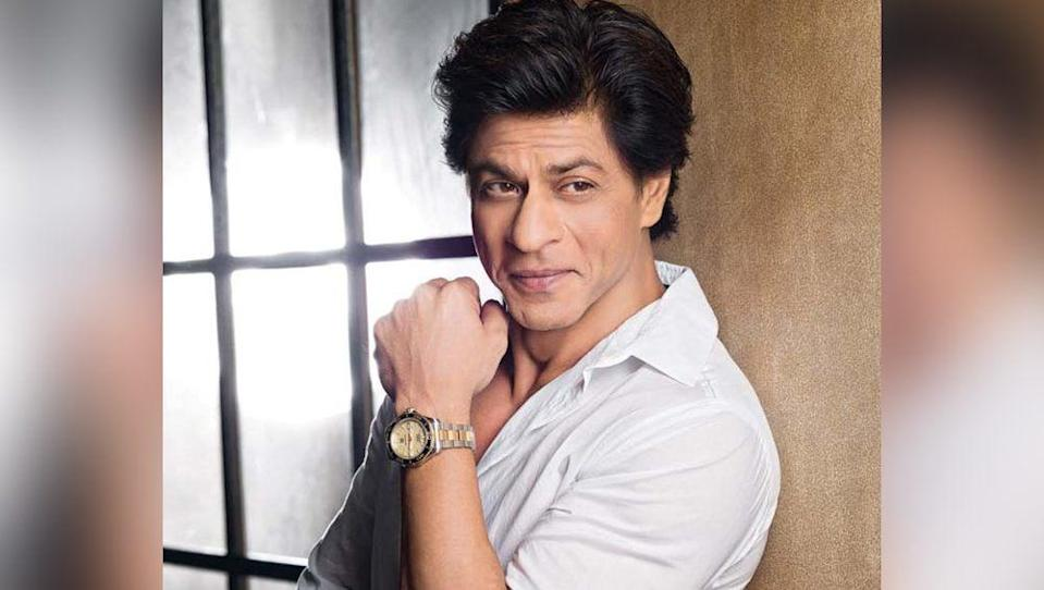 <p>King Khan lost it all with the failuer of his dream project 'Ra.One'. The film not only did miserably at the box office but also left the star with almost nothing. SRK is reported to have even signed blank cheques during the production of this film. But the actor bounced back with other hits. </p>