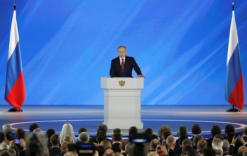 Putin uses state of nation speech to flag referendum on constitutional change
