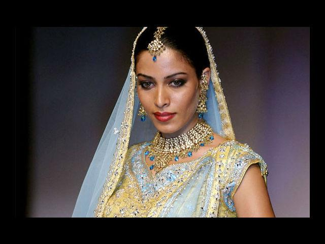 <b>18. Sheetal Menon</b><br>Besides being a model and actor, Sheetal is also a trained Bharatnatyam dancer and was recently seen in the 2013 movie, 'David'.