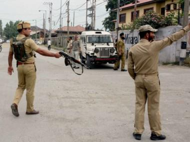 19 CRPF troopers injured in Srinagar road accident after jeep turns turtle