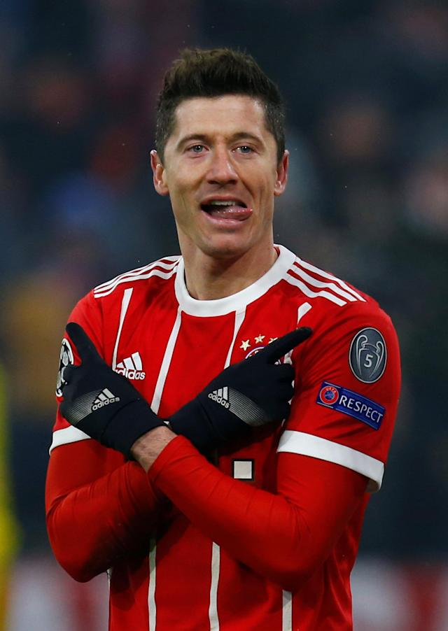 Soccer Football - Champions League Round of 16 First Leg - Bayern Munich vs Besiktas - Allianz Arena, Munich, Germany - February 20, 2018 Bayern Munich's Robert Lewandowski celebrates scoring their fifth goal REUTERS/Ralph Orlowski