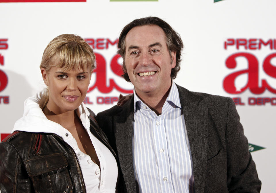 MADRID, SPAIN - NOVEMBER 22:  Actress Lucia Lapiedra (L) poses with Pipi Estrada during the 2007 Sports Awards by Diario AS at the Telefonica Arena on November 22, 2007 in Madrid, Spain.  (Photo by Jasper Juinen/Getty Images)