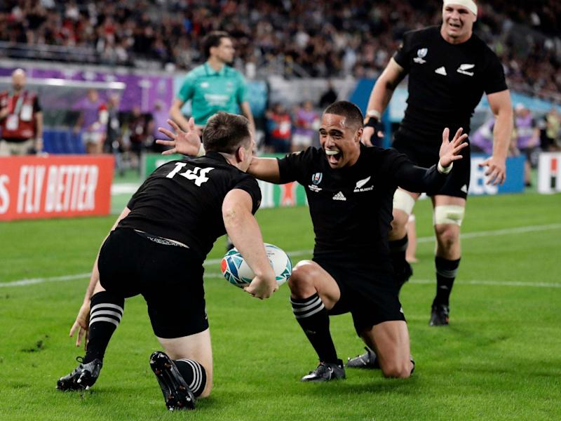 New Zealand's Ben Smith is congratulated by teammates: AP