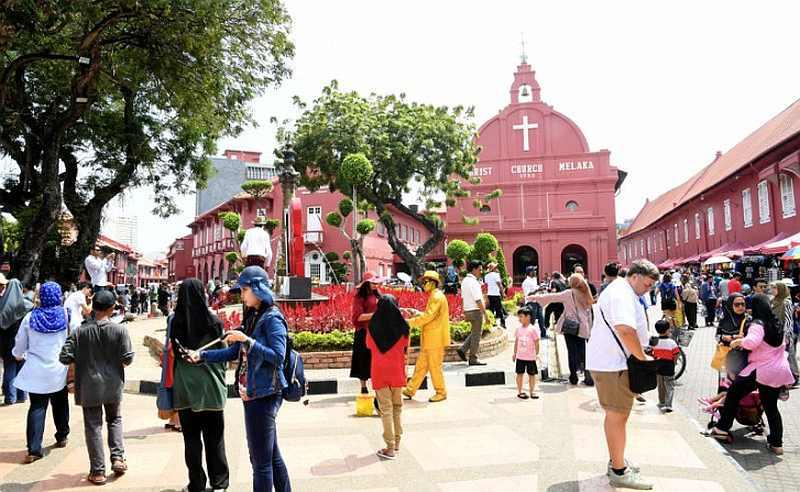 Local hotspots have been coming back to life since travel has been allowed. — Bernama pic