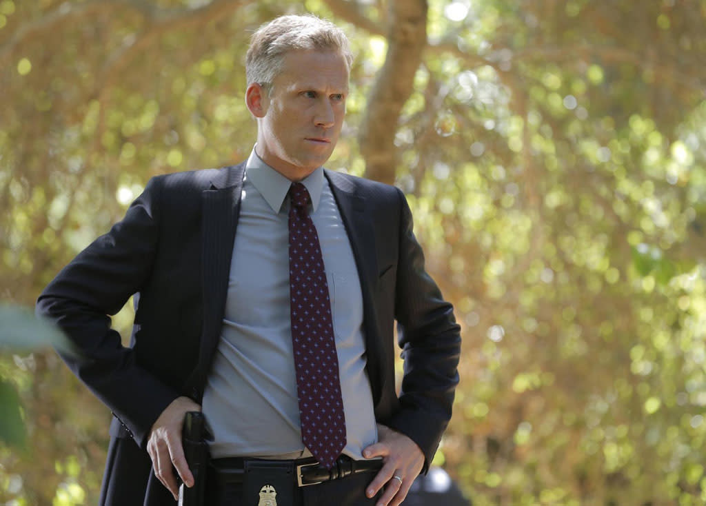 "Reed Diamond guest-stars as FBI Special Agent Hayes Flynn in ""The Future in the Past,"" the Season 8 premiere episode of ""Bones."""