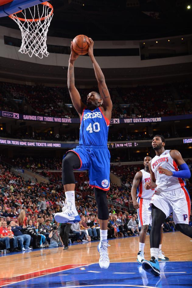 PHILADELPHIA, PA - MARCH 29: Jarvis Varnado #40 of the Philadelphia 76ers goes up for a dunk against the Detroit Pistons at the Wells Fargo Center on March 29, 2014 in Philadelphia, Pennsylvania. (Photo by Jesse D. Garrabrant/NBAE via Getty Images)