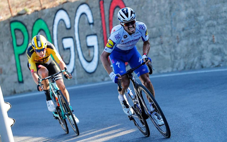 Wout van Aert andJulian Alaphilippe —Milan-Sanremo 2021: When is the race, who is on the startlist and what does the course look like? - LAPRESSE