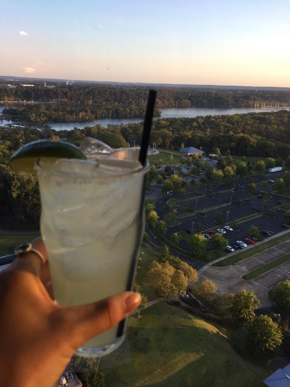 Be stopped for a drink with a stunning view in Alabama, at the top of the revolving restaurant 360 Grille. Breathtaking! Source: Supplied