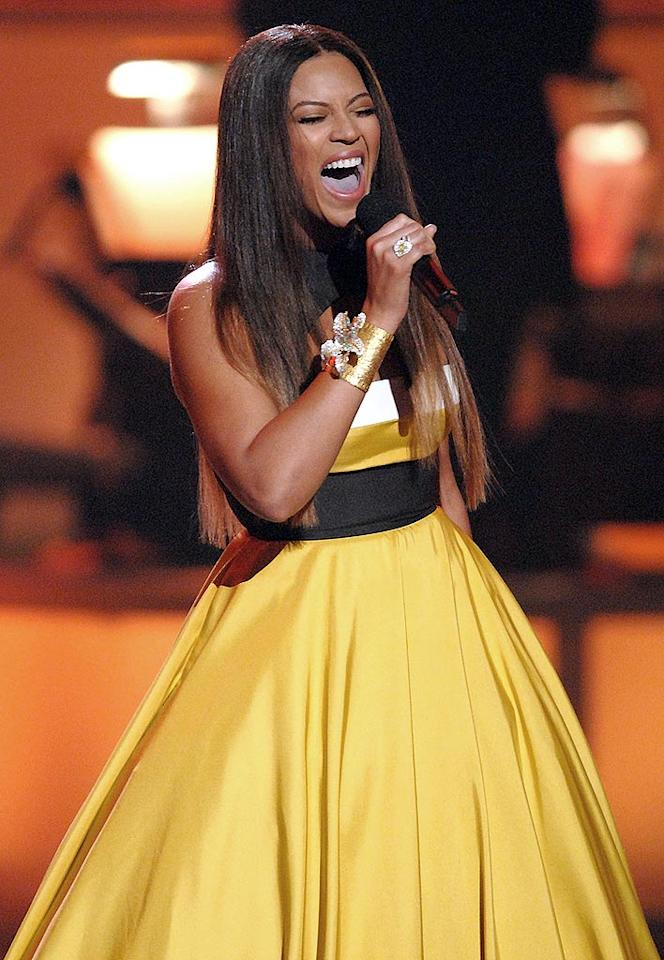 "Beyonce wowed the crowd with her rendition of ""Over the Rainbow"" from ""The Wizard of Oz."" Michael Caulfiend/<a href=""http://www.wireimage.com"" target=""new"">WireImage.com</a> - December 2, 2007"